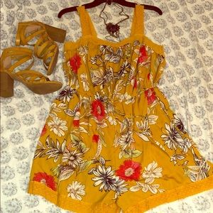 Pants - NWT Mustard-Yellow Floral Romper 🌼
